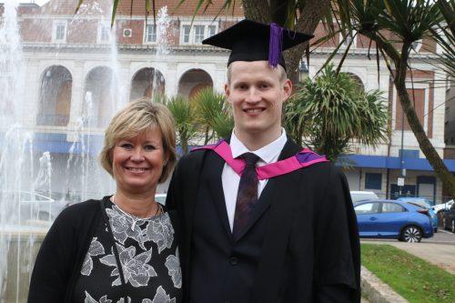 Chiropractie Deurne Vlierden Nick graduation